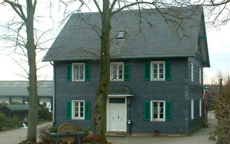 Fassaden Sanierung eines landwirtschaftlichen Hofgebäudes