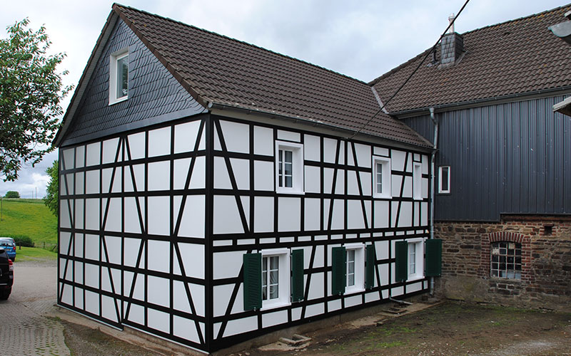 Fassade mit Trespa